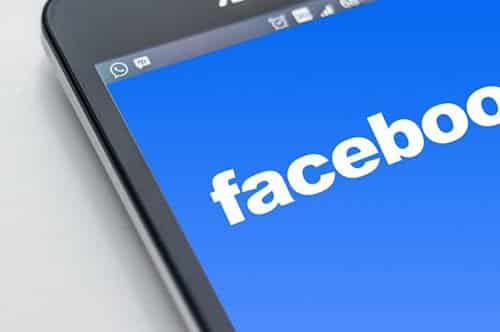 How to download videos from Facebook in the iPhone roll